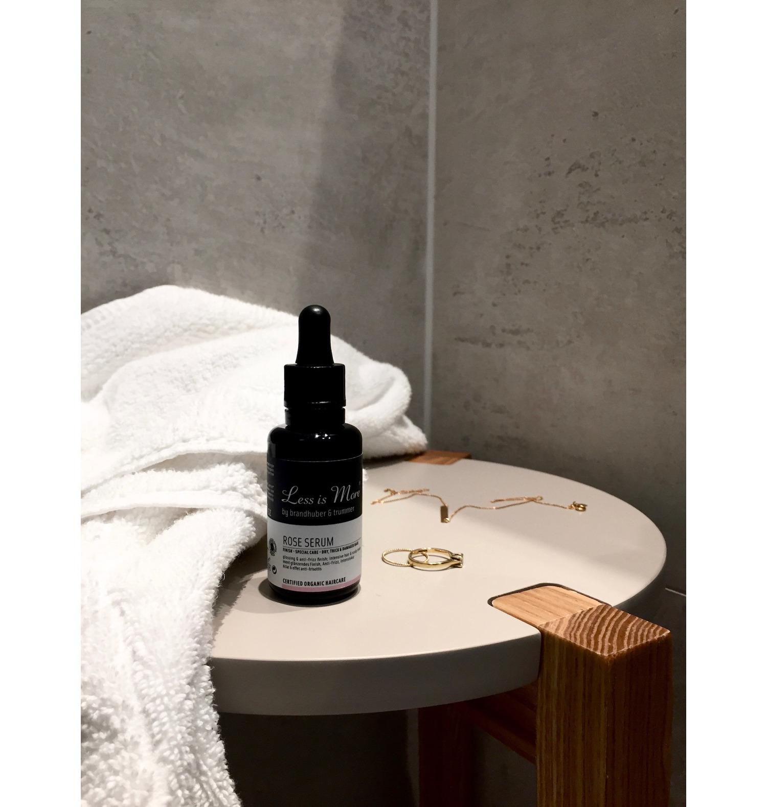 Blogazine Beautyblog Beautyblogger BAREMINDS Elina Neumann Reisen Österreich Graz Mangolds Less is More Organic Shampoo 1