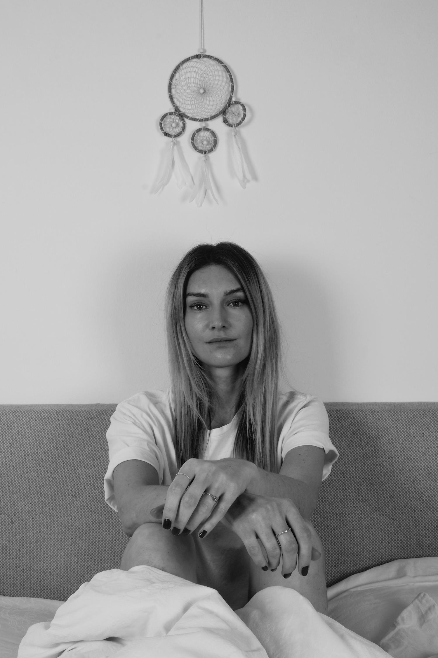 Beautyblog Beautyblogger BARE MINDS Elina Neumann Schönheitsschlaf Warum Schlaf schön macht