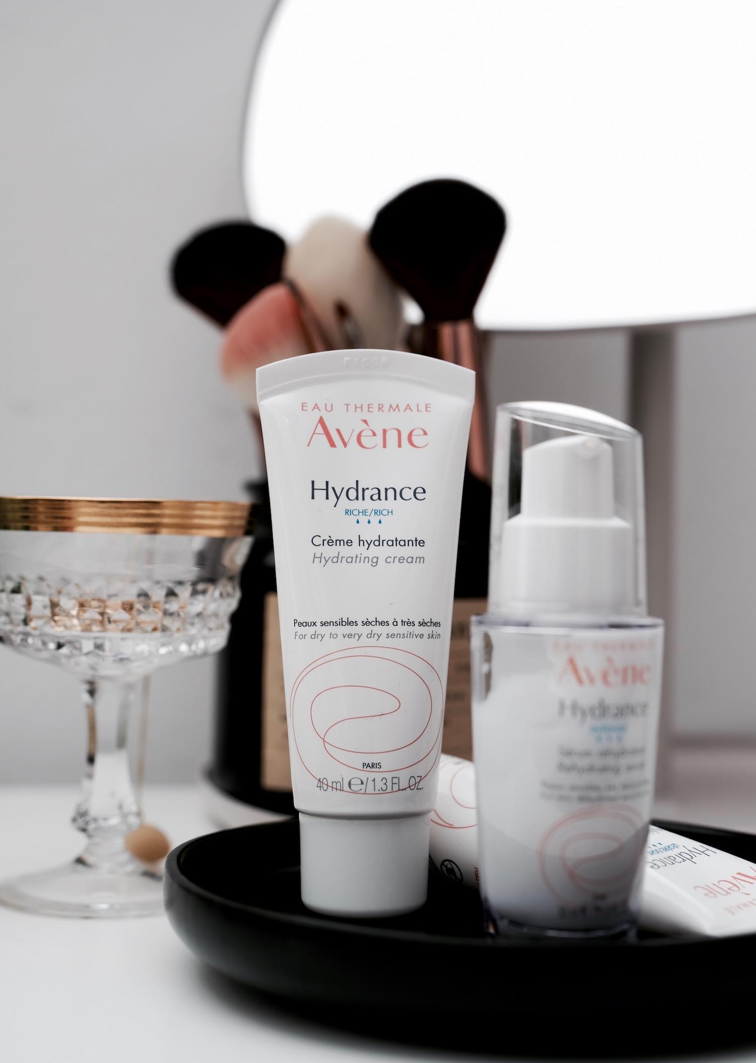Beautyblog Beautyblogger BARE MINDS Elina Neumann Avene Hydrance Intense Hautpflege Rich