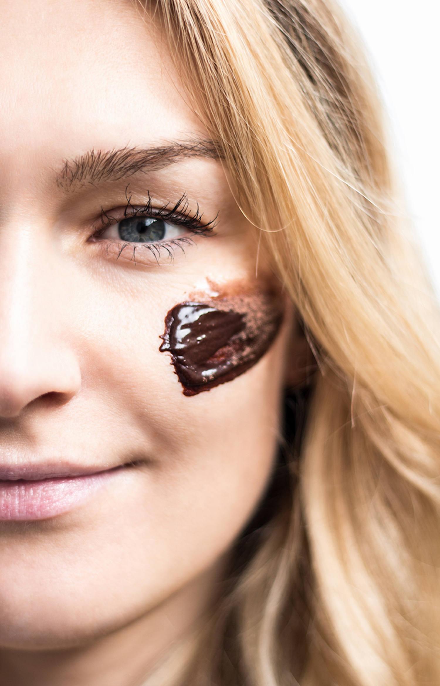 Beautyblog Beautyblogger BARE MINDS Elina Neumann DIY Honig Maske 5