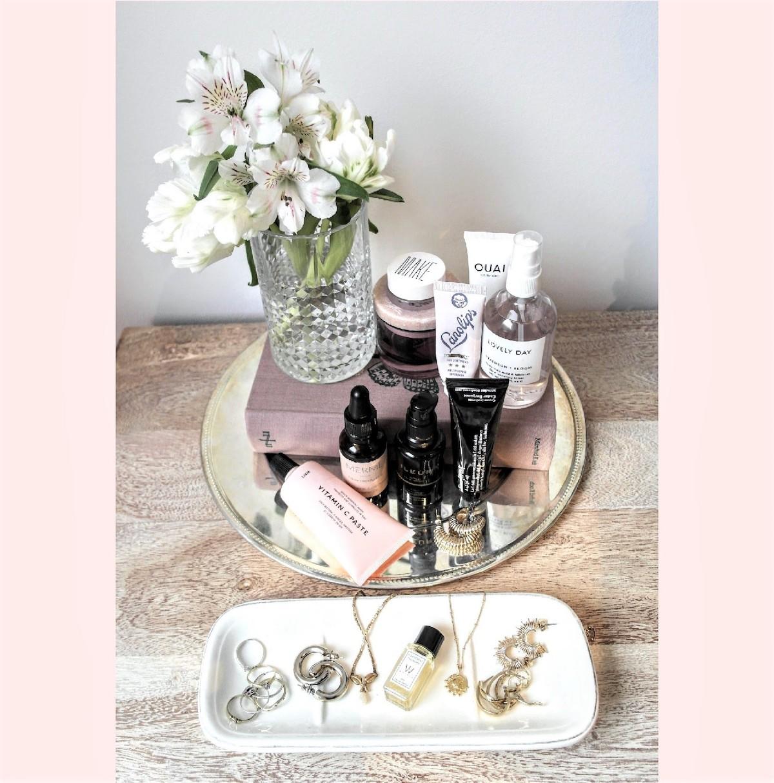 Beautyblog Beautyblogger BARE MINDS Elina Neumann Veronika stilblut Beautystilleben