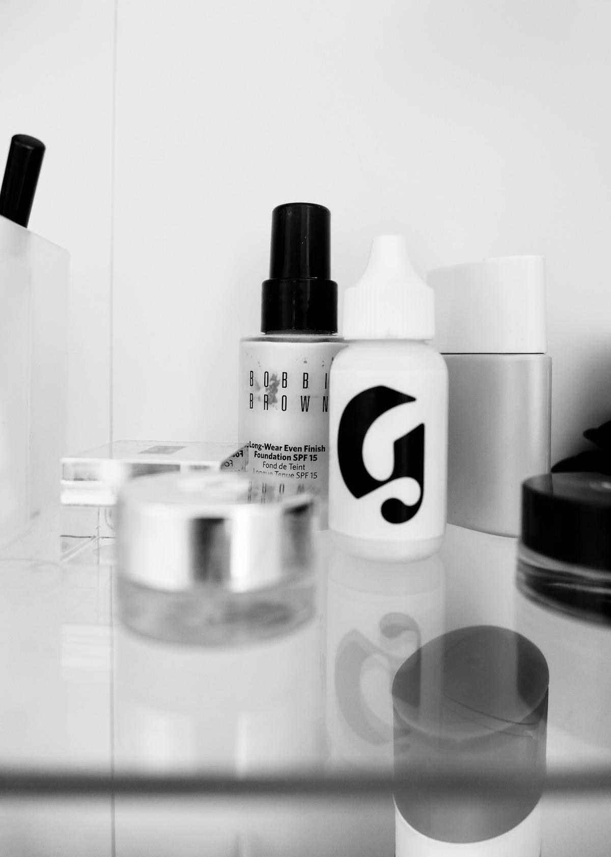 Beautyblog Beautyblogger BARE MINDS Elina Glossier