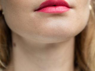 Beautyblog Bare Minds Elina Neumann Aveda Lippenstift Feed my Lips