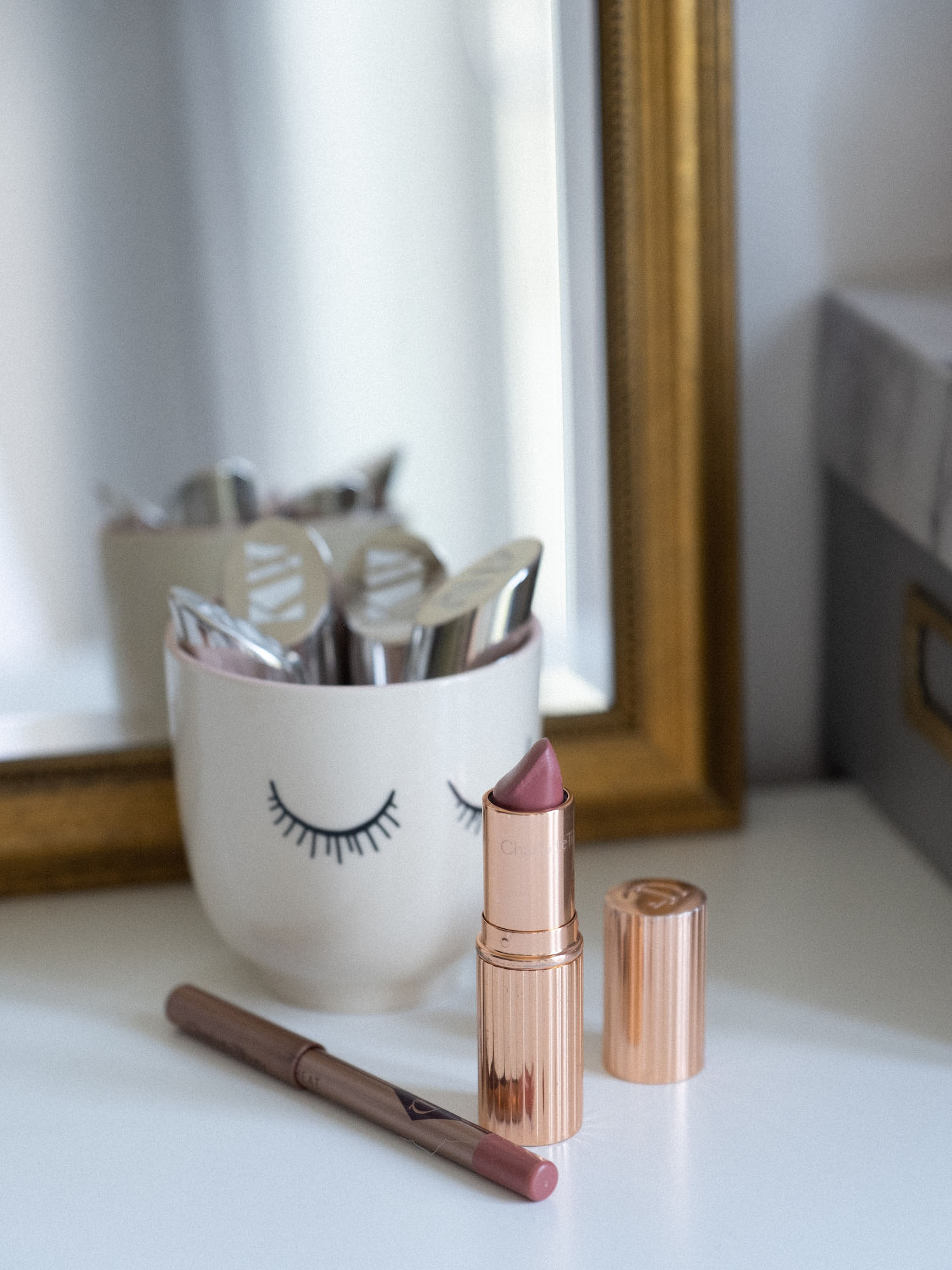 Beautyblog Bare Minds Chartollte Tilbury