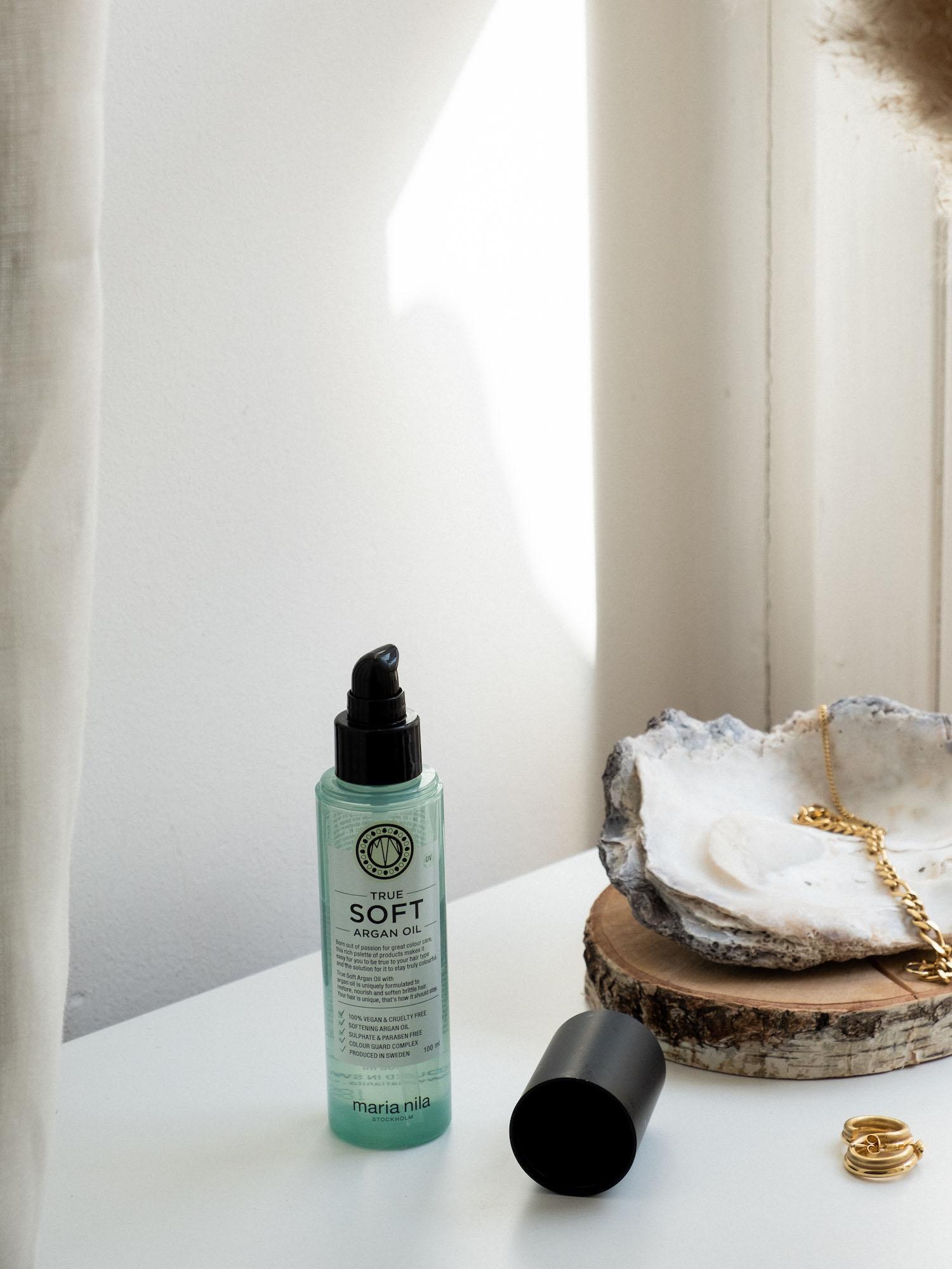 Beautyblog Bare Minds Haarpflege Maria Nila Arganöl