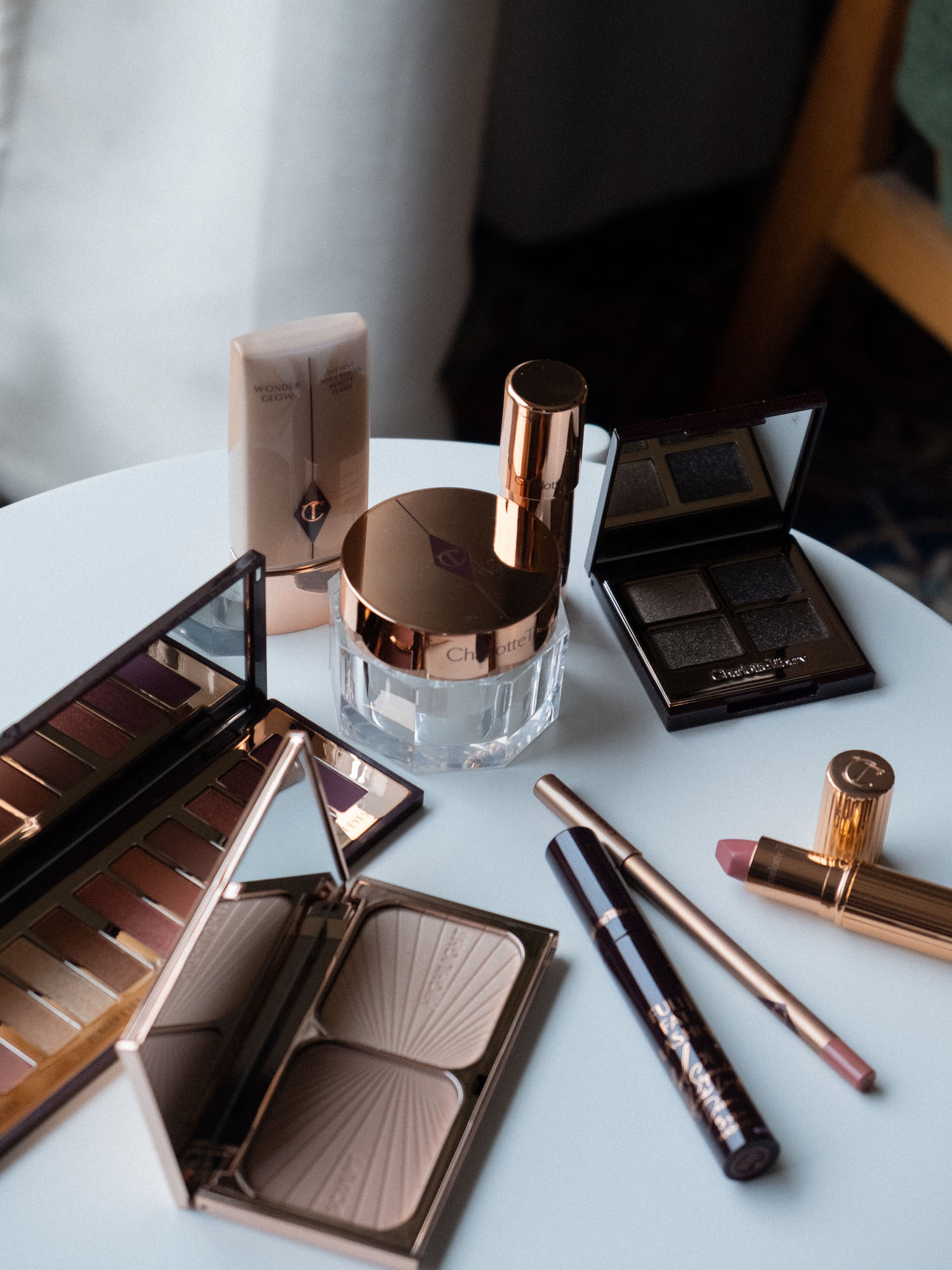 Bare Minds Beauty Adventskalender Charlotte Tilbury Luxury Palette of Pops
