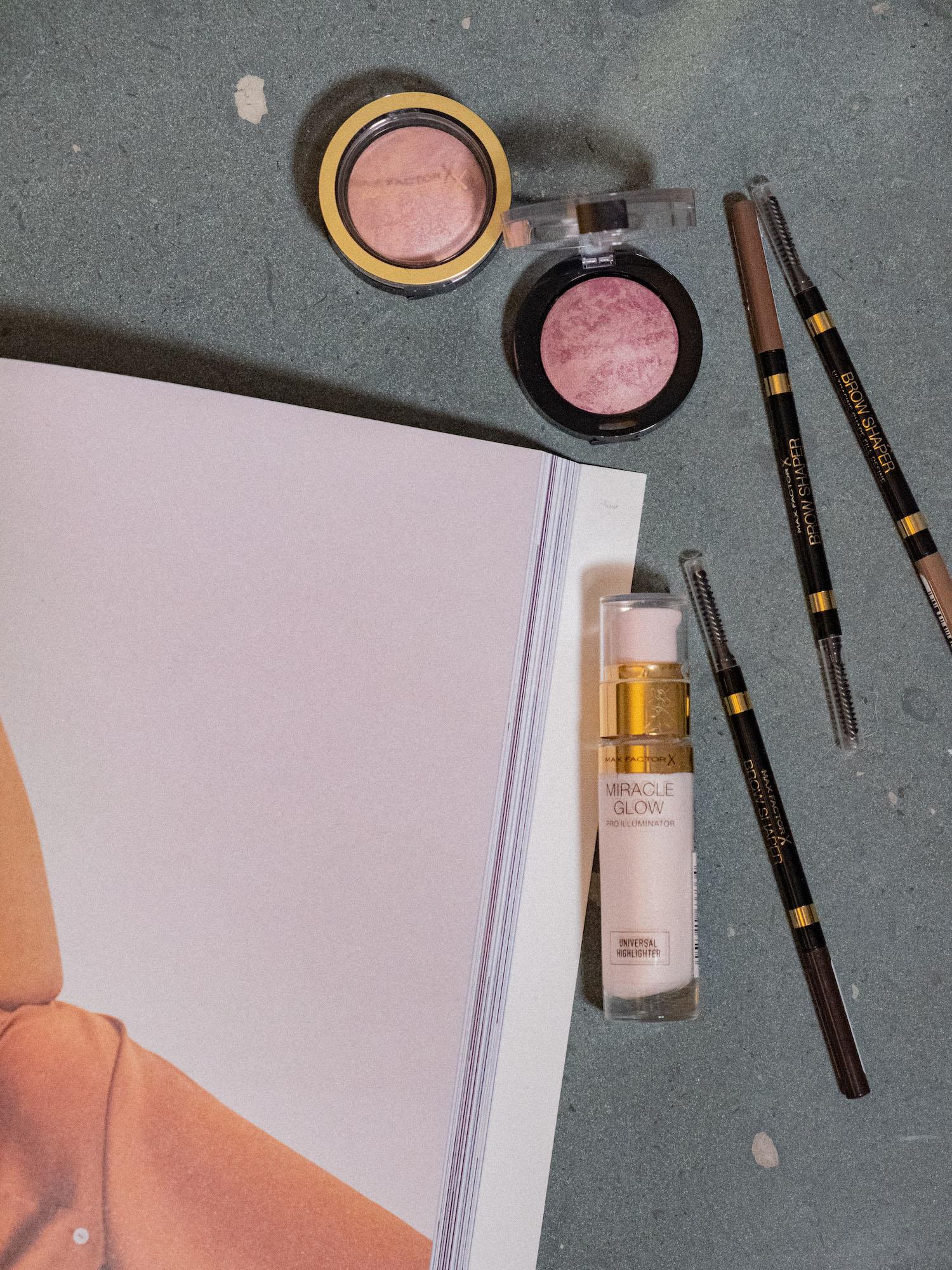 Bare Minds Beauty Adventskalender Max Factor Miracle Glow Pro Illuminator 1
