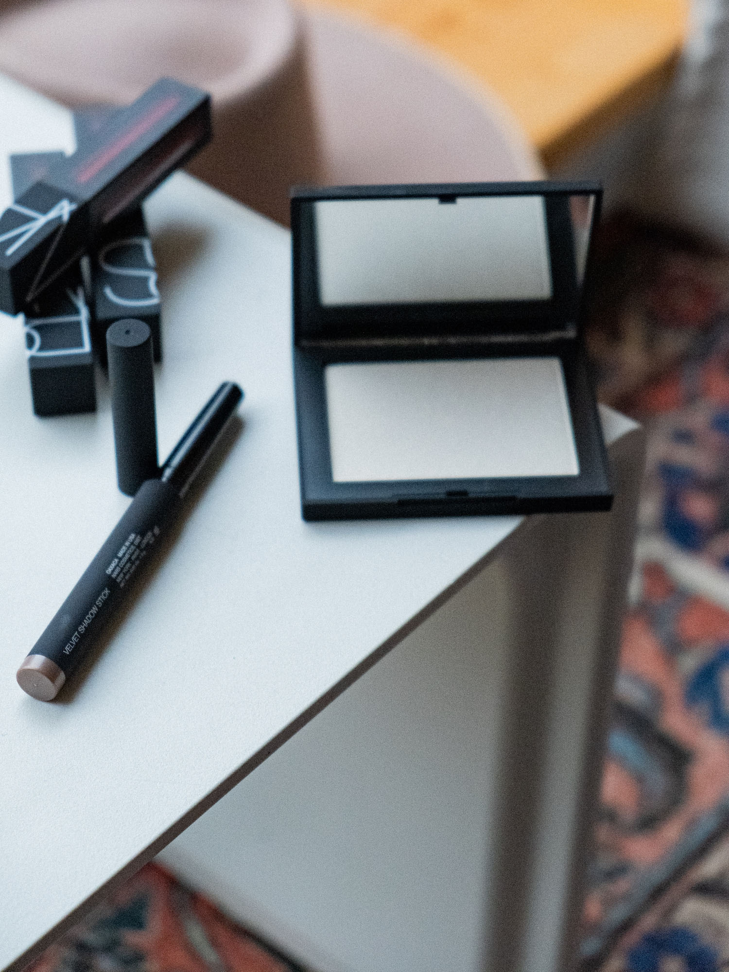 Bare Minds Beauty Adventskalender NARS Albatross Highlighting Powder 1