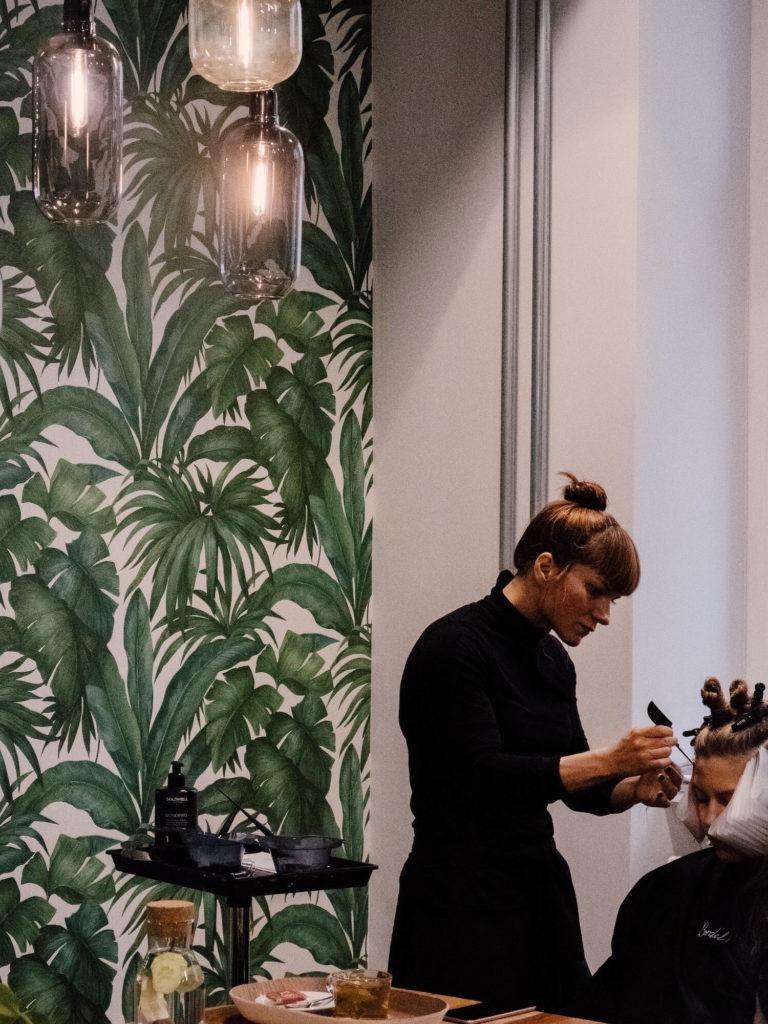 Beautyblog-Bare-Minds-Haartrends-2019-im-Interview-Daniela-Mezzapesa-von-Bordel-Salon-2
