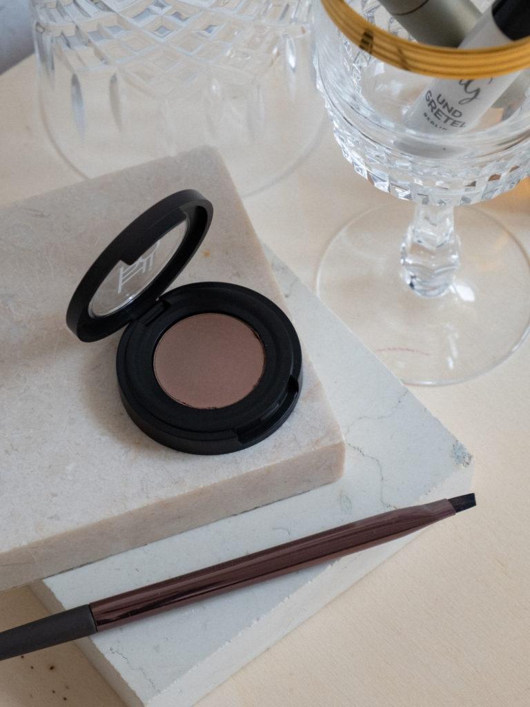 Beautyblog Augenbrauen Produkte Naturkosemtik Hiro Wow Brow Eyebrow Pomade 2