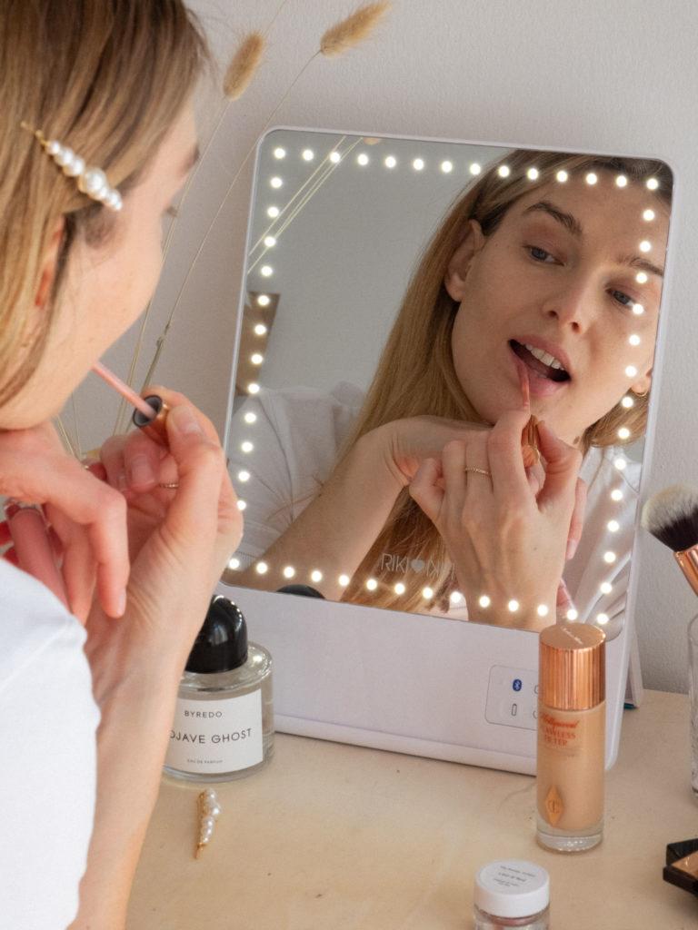 Beautyblog Bare Minds Rikki Skinny1