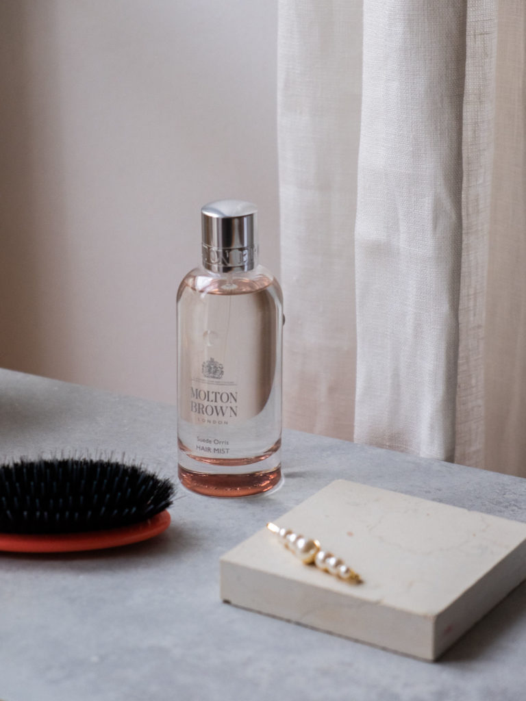 Beautyblog pudriger Duft Molton Brown Sued Orris 3