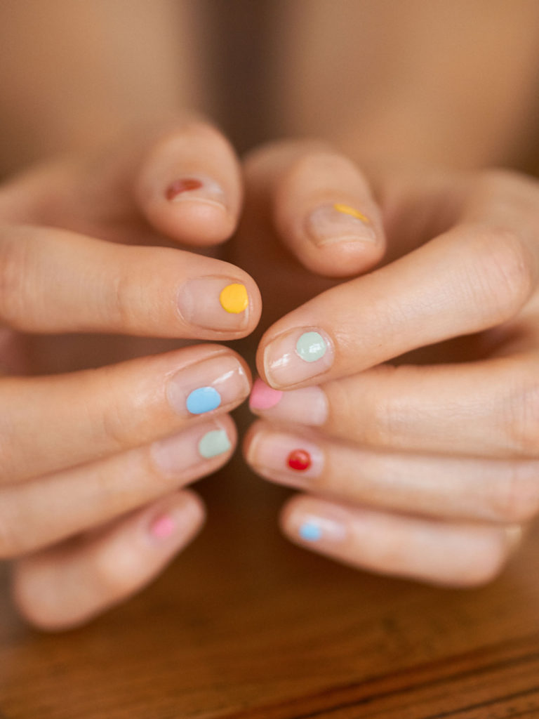 Beautyblog Bare Minds Multi Colored Nail Art 6