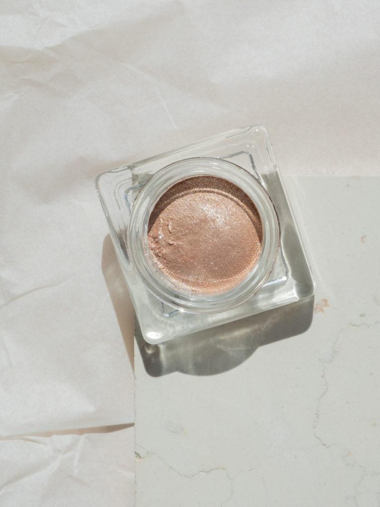 Bare Minds Shiseido Aura Dew Solar