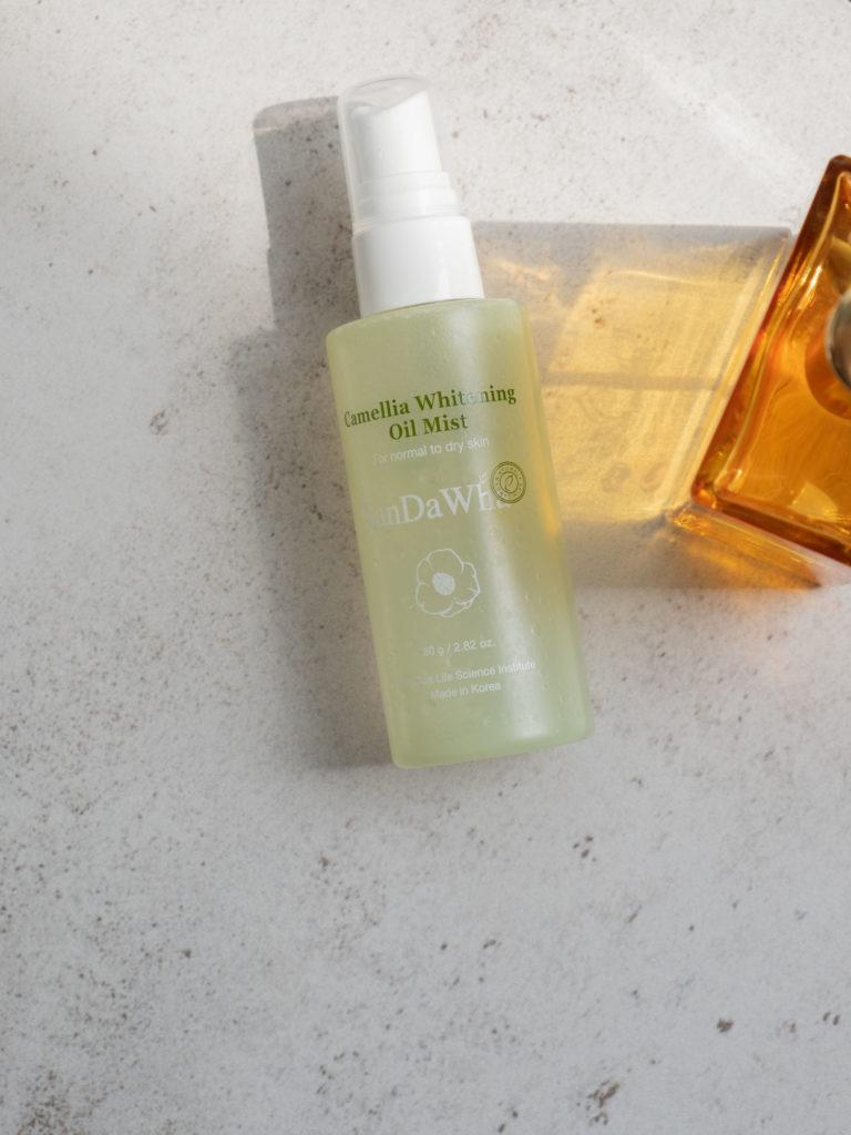 Beautyblog SanDaWha Camellia Whitening Oil Mist