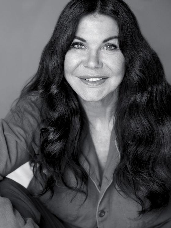 Beautyblog Bare Minds Portrait Wendy ILES Formula Iles Erfahrungsbericht