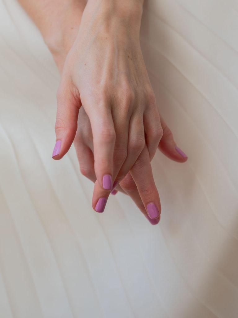 Beautyblog Bareminds Klassisch pinke Nägel 2