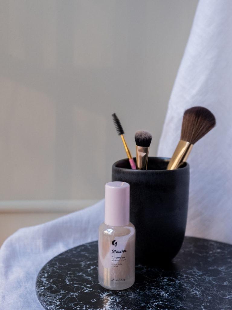 Beautyblog BareMinds.de Glossier Futuredew 3
