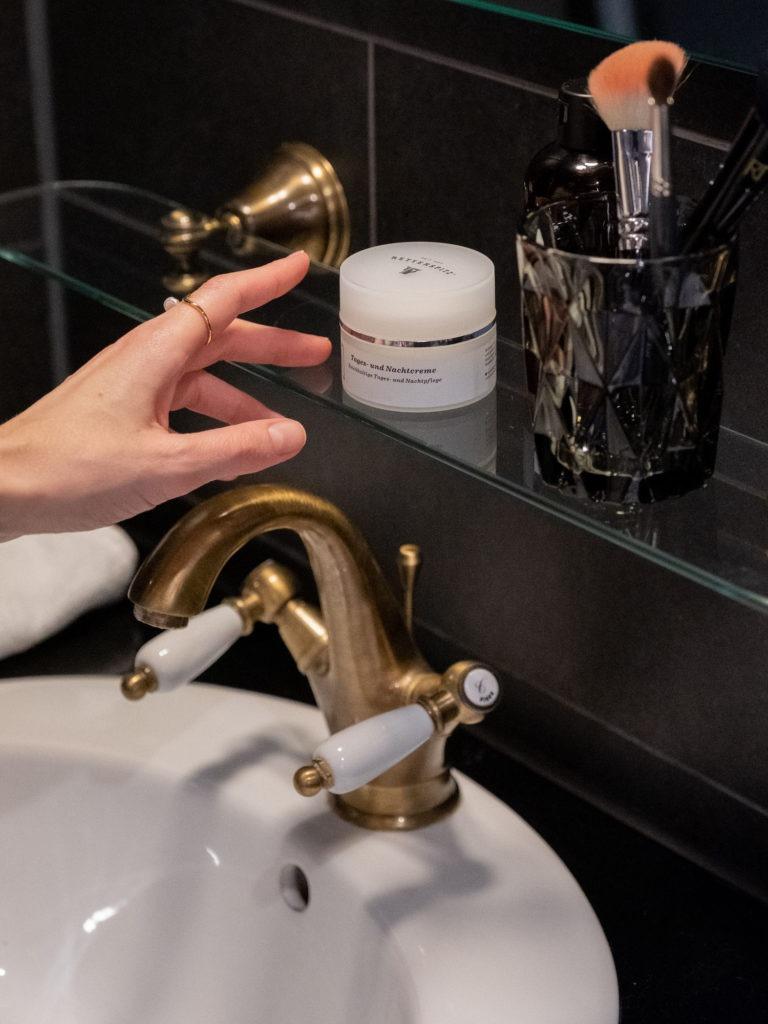 Beauztyblog Bare MInds Ordnung im Badezimmer 1