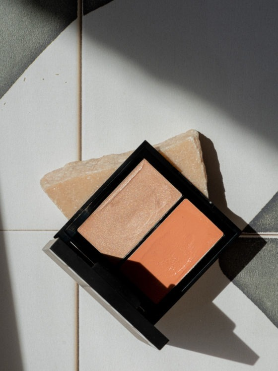 Beautyblog BareMinds Naturkosmetik für den Sommer Kosas Color & Light Palette Cream 2