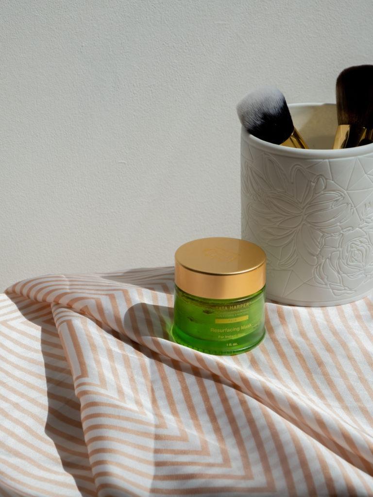 Beautyblog BareMinds Besutyflops Tata Harper Resurfacing Mask