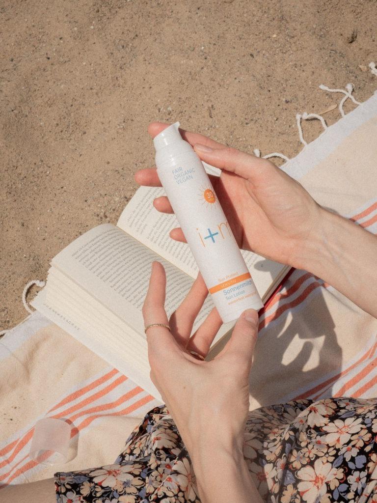 Beautyblog BareMinds Mineralischer Sonnenschutz von i+m Naturkosmetik 2