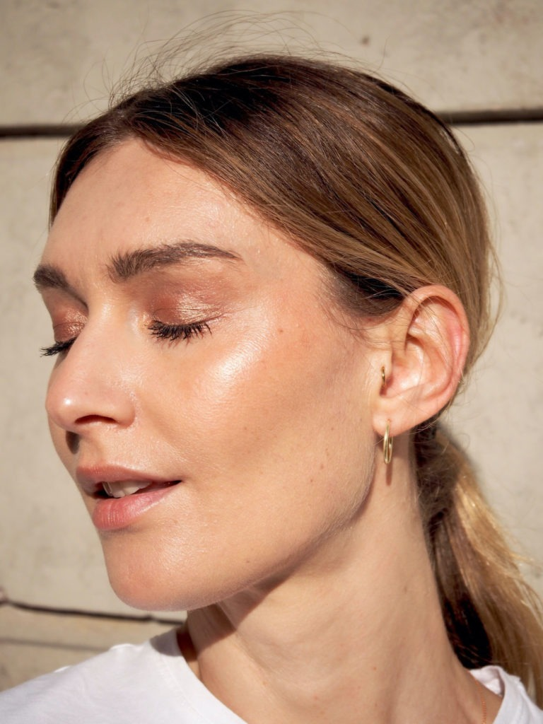 Blogazine Beautyblog BareMinds Cleane Foundations für unreine Haut 3