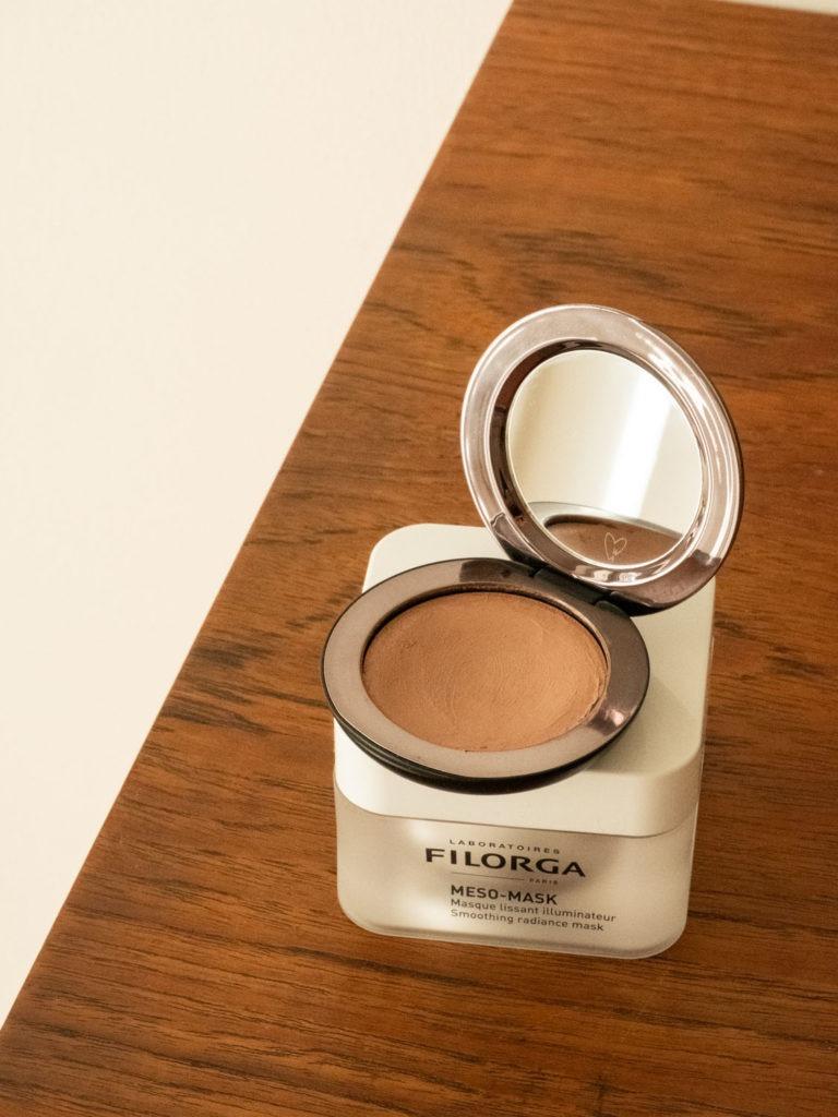 Beautyblog BareMinds.de Wirkstoffkosmetik Favoriten des Monats Westman Atelier Super Loaded Tinted Highlighter 1