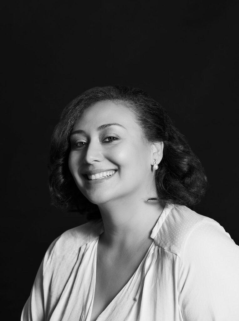 Beautyblog BareMinds Elina Dietrich Interview mit Nazan Schnapp Portrait 22110_sw
